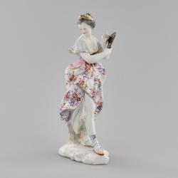 "Porcelain figurine ""Lady with a Fan""."